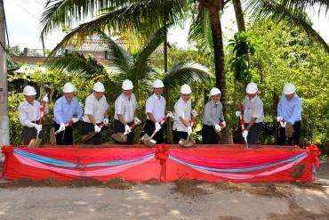SAMCO tài trợ kinh phí xây đường vào Nghĩa trang Liệt sĩ huyện Châu Thành, tỉnh ...